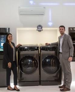 삼성전자의 세탁기가 미국 올랜도에서 개최된 KBIS 2018 어워드에서 스마트홈 기술상과 최고의 주방 제품 은상을 수상했다