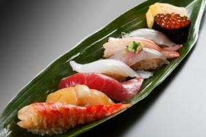 에도 스타일의 아리소 스시는 최고의 신선한 식재료만을 사용한다