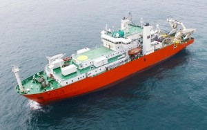 한국해양과학기술원의 수중건설로봇 기술 개발 사업에 참여 예정인 케이티서브마린의 해저케이블 설치 선박 세계로호