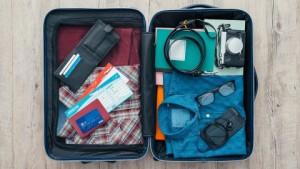 여행자는 비자의 무현금 솔루션을 이용하면 경쟁력 있는 환율이 적용된 현지 통화로 대금을 지불할 수 있다