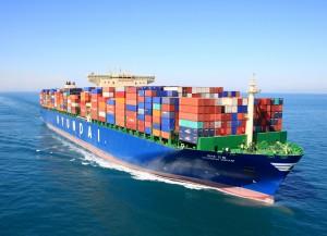 현대상선이 북미항로에서 제공하는 프리미엄 서비스가 1월말 기준 1만TEU를 돌파했다고 밝혔다. 사진은 현대상선 컨테이너선