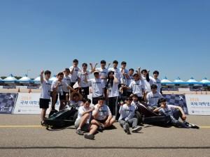 2018 국제 대학생 창작자동차 경진대회에 참여한 코리아텍 학생들