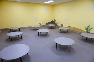 경기도어린이박물관 쉼터에 설치된 한샘 테이블