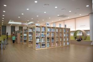 구립은평뉴타운도서관 내부