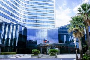 제주칼호텔이 5성 호텔 선정을 기념한 마일로호텔로 이벤트를 진행한다