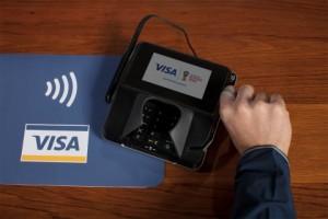 2018 FIFA 러시아 월드컵에서 비자는 결제카드가 사용되는 모든 경기장에서 독점적으로 결제 서비스를 제공했다. 첨단 결제 혁신 기술을 도입한 경기장 내 3500여 개의 POS 단말기와 1000개의 모바일 업체에서 팬들은 비접촉 비자 신용 및 직불카드와 모바일 결제 서비스를 사용해 지불했다