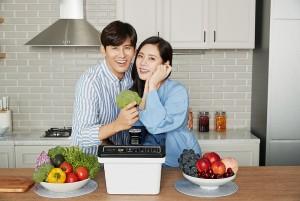 이지더블유(EASY-W) 모델 추자현·우효광 부부