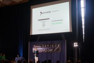 미국 글로벌 액셀러레이터 스카이덱이 개최한 데모데이 현장