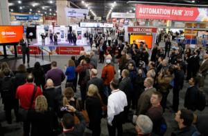 Rockwell Automation의 회장 겸 CEO 인 블레이크 모렛이 Automation Fair 2018의 수천명의 참석자를 환영한다.이 행사에는 로크웰 오토메이션 및 PartnerNetwork 프로그램 회원들로부터 산업 생산 및 생산을위한 최신 기술을 선보이는 150 개 이상의 전시회가 있다