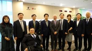 Ericsson-LG 서울 R&D 캠퍼스를 방문한 장석영 정보통신정책실장(왼쪽에서 5번째)