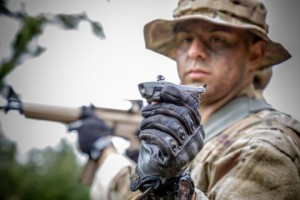 프랑스군이 군사작전을 위해 플리어 시스템과 블랙 호넷 개인 정찰 시스템 공급 계약을 체결했다