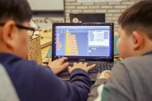 씨큐브코딩이 새로운 코딩교육 프로그램을 12월에 시작한다.