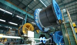 대한전선이 공장에서 초고압 케이블을 생산하고 있다
