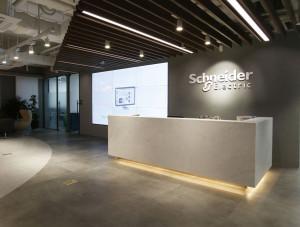 새로운 일터 문화 구축을 위한 슈나이더일렉트릭 코리아의 새 서울 오피스