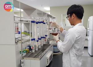아미코스메틱이 제주 용암해수를 활용한 더마톨로지 기술 개발에 박차를 가하고 있다