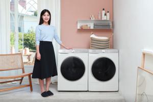 삼성전자가 인공지능 더한 10kg 세탁기, 9kg 건조기 신제품을 출시했다