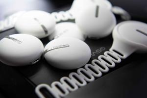 웰스케어가 개발한 홈케어 레이저 테라피 디바이스 '이아소'