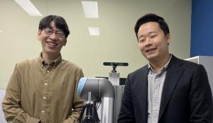 왼쪽부터 서울대학교 공과대학 컴퓨터공학부 전병곤 교수, 양영석 박사