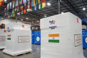 페텍스를 통해 미국 캘리포니아 주 산타 바바라에서 인도 콜카타의 의료 시설로 향하는 주요 의료 용품 및 개인 보호 장비