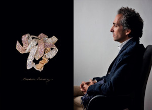 Disordered Ribbon Bracelet (2011, 좌); 보석 세공사 Frédéric Zaavy
