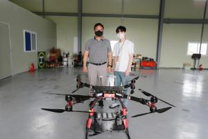 전라남도 지역주도형 청년일자리 사업 'DNA+US 프로젝트'에 참여 중인 날다의 강원혁 대표와 참여 청년 권반석 씨