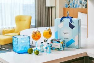 호텔 서울드래곤시티가 객실에서 프라이빗하게 즐기는 '킹스 홀리데이' 패키지를 출시했다