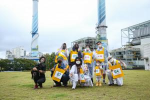 2021 어슬렁페스티발 프로그램 '어슬렁달리기' 참가자들의 기념 촬영을 하고 있다(ⓒ문화지형연구소씨티알 제공)