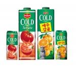 """롯데칠성음료(대표이사: 이종원)는 4월 28일에 냉장유통주스의 대명사인 '콜드' 브랜드의 새로운 맛 """"델몬트 콜드 토마토""""과 """"롯데 콜드 제주감귤""""(용량: 950ml, 235ml 테트라팩, 소비자가격: 2,000원, 800원)"""" 주스 4종을 출시했다."""