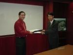 사진 왼쪽이 베트남 꽝쭝S/W산업단지 쭈띠엔쭝(Chu Tien Dung) 대표이사, 오른쪽이 다우데이타시스템 이진환 대표이사