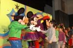 23일 디즈니채널이 주최한 국내 최초 디즈니 캐릭터 쇼 '점핑잼' 공연이 신세계 백화점 본점 문화홀에서 봄방학을 맞이한 학부모와 아이들이 공연 캐릭터들과 자유롭게 사진 촬영을 하고