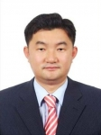 Han, Koo-Hyun , Former Director of the Cyber Election Camp for Gubernatorial Election