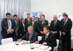 STX조선해양 건조 예정인 LNG선에 대한 소브콤플로트-쉘 용선계약체결식. Peter R. Voser 로열더치쉘 CEO, 세르게이 프랭크 소브콤플로트 사장, 알렉세이 밀러 가즈프롬