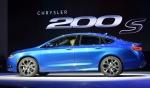 2014 북미 국제오토쇼(디트로이트 모터쇼)에서 처음 공개된 올 뉴 크라이슬러 200 세단. 넥센타이어 CP671 제품이 장착됐다