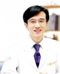 아름다운나라 성형외과의 김진영 원장