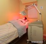 가슴 성형수술의 부작용인 구형구축을 스마트룩스듀얼로 최소화 시킬 수 있다.