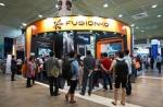 에스비씨케이가 KOBA 행사 현장에서 UHD 영상 작업환경에 관한 설문을 진행하였다. Fusion io 부스의 모습이다.