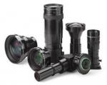 디스플레이허브는 프로젝터에 날개를 달아주는 고성능 프로젝터 렌즈를 출시한다.