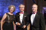 미디어윌그룹 주원석 회장이 8일 모교인 미국 인디애나학교 경영대학으로부터 올해의 기업인상을 수상했다