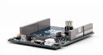 블루투스 저에너지, NFC 터치-투-페어, 와이파이, 적외선 커넥티비티를 모두 통합한 아두이노 프리모 베이스 보드