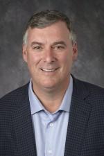 보잉 이사회 회장이자 사장 겸 최고경영자인 데니스 뮬렌버그는 오늘 케빈 맥알리스터를 보잉상용기 부문 사장 겸 최고경영자로 임명했다. 사진은 케빈 맥알리스터 신임 사장 겸 CEO