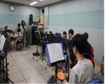 서울시립마포청소년수련관이 지역사회의 소외계층인 저소득가정 청소년에게 문화예술교육을 20시간 실시한다