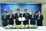한국전력이 빅데이터와 ICT기반의 'Digital KEPCO'를 추진하기로 하고 서울대 차상균 교수를 추진위원장으로 위촉했다.
