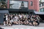 헬리녹스가 1일 한국의 PRRC, 일본의 AFE와 함께 Our Common Future 문화 행사를 실시했다. 사진은 한남동 헬리녹스크리에이티브센터 앞 행사 시작 전 PRRC와 A