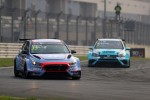 현대자동차의 첫 판매용 서킷 경주차 i30 N TCR이 첫 출전대회서 우승했다