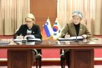 강경화 외교부장관과 아냐 코파치 므라크 슬로베니아 노동가족사회기회균등부장관이 대한민국과 슬로베니아공화국 간의 사회보장에 관한 협정에 정식 서명하였다