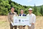 왼쪽부터 박재민 오대산국립공원 관리공단 자연보전과장, 양성모 볼보그룹코리아 대표, 윤세웅 WWF-Korea 대표