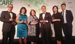 CJ제일제당 안전경영담당 전명우 부장(우측에서 세번째)이 미국 시카고에서 열린 2018 Duty of Care Awards에서 대상을 수상한 글로벌 기업 담당자들과 함께 기념 촬영