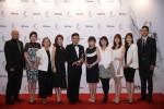 HR아시아 시상식에서 2018 아시아에서 가장 일하기 좋은 직장 상을 받은 에브넷 대만 지사 직원들