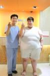 신사동 클리닉비의원 이홍찬 원장과 엔드볼 위풍선 다이어트 시술을 받은 환자