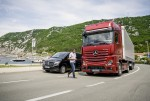 액티브 브레이크 어시스트 5(ABA 5)는 기존 시스템 보다 트럭 전방 공간의 감지 능력을 더욱 향상 시켜 후방 추돌 방지와 예기치 못한 보행자의 움직임에 대한 반응력을 더욱 향상 시킨 것이 특징이다